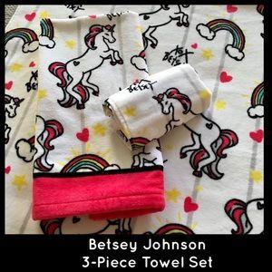 Betsey Johnson Pink Unicorn 3 Piece Bath Towel Set
